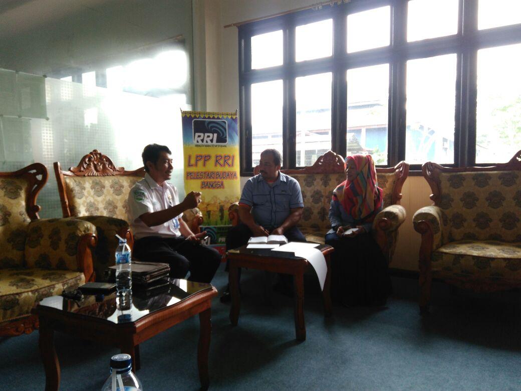 Kasklim Deli Serdang sedang membicarakan teknis kerjasama dengan pihak RRI Medan